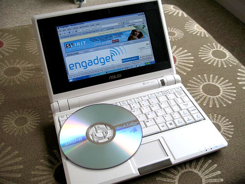 eee-cd-engadget.jpg