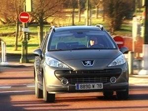 Peugeot 207 SW Outdoor}