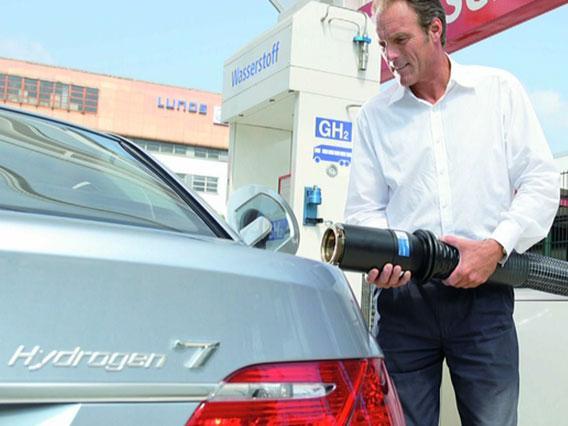 BMW série 7 hydrogène : l'essai en vidéo}