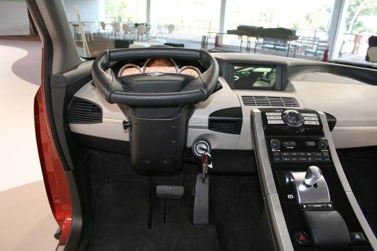 Nissan EA2
