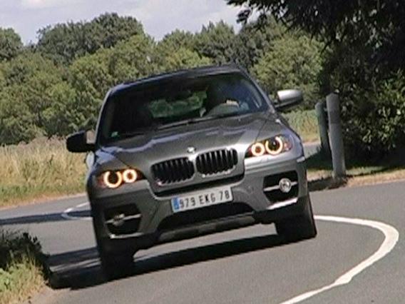BMW X6}