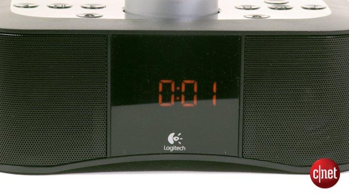 Démo de Logitech Clock Radio Dock S400i