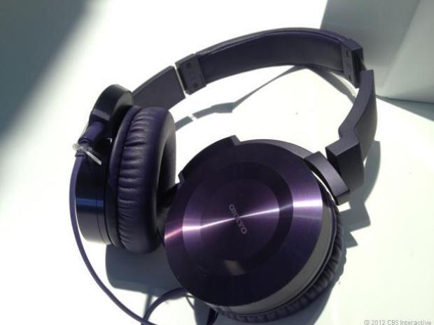 CES 2013 : deux casques audio chez Onkyo