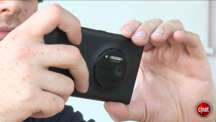 Nokia Lumia 1020, la prise en main et les détails}