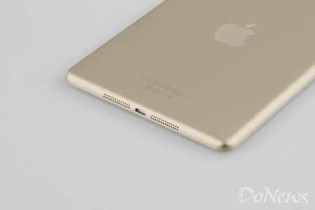 https://d1fmx1rbmqrxrr.cloudfront.net/cnet/i/edit/2013/09/ipad-mini-gold-2.jpg