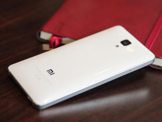 Xiaomi Mi4 : 240 euros, le prix d'un smartphone haut de gamme