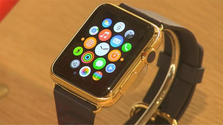 Apple Watch dévoilée chez colette ou l'opération de com' mode et people}