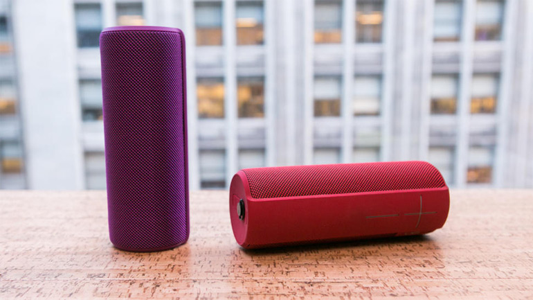 UE (Ultimate Ears ) Megaboom