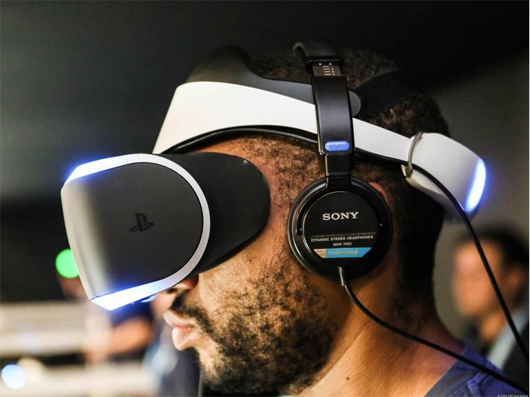 sélectionner pour l'original magasin officiel célèbre marque de designer PlayStation VR : Sony veut ajouter une touche de Kinect en ...