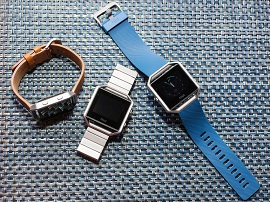 CES 2016 : prise en main du Fitbit Blaze, une alternative à l'Apple Watch ?