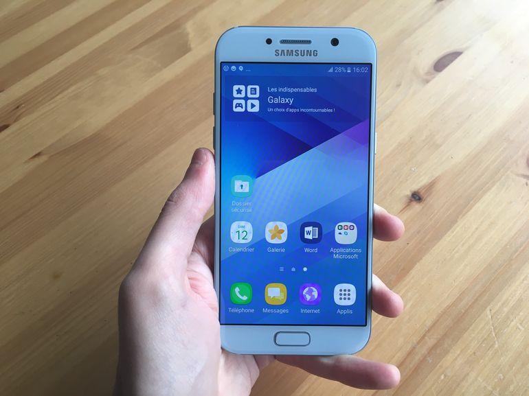 Le Galaxy A5 (2018) fait une première apparition sur le site de Samsung, une sortie en février ?