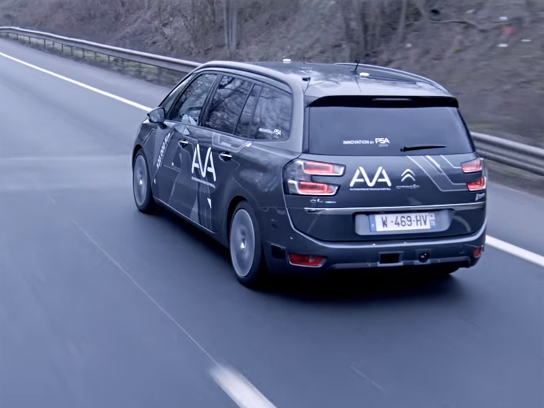 PSA fait découvrir ses voitures autonomes au grand public