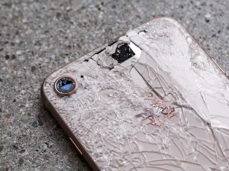 Crash test de l'iPhone 8 : comment résiste-t-il aux chutes ?