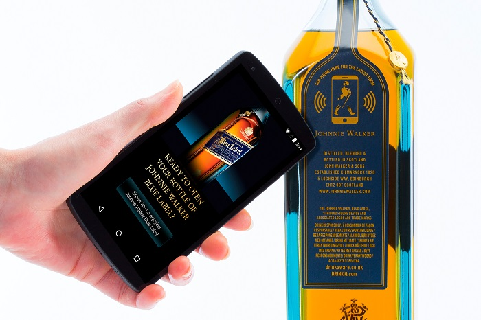 https://d1fmx1rbmqrxrr.cloudfront.net/cnet/i/edit/2017/10/johnny-walker-blue-label-IdO.jpg