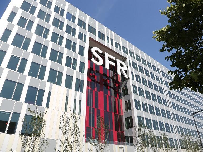 SFR met à jour ses forfaits avec des prix ronds et des promotions