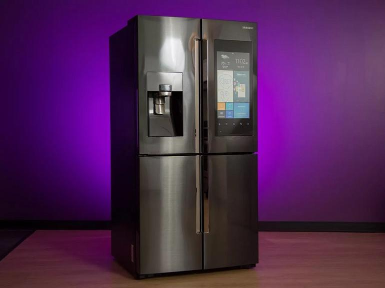 CES 2018 : Un frigo dopé à l'assistance vocale chez Samsung