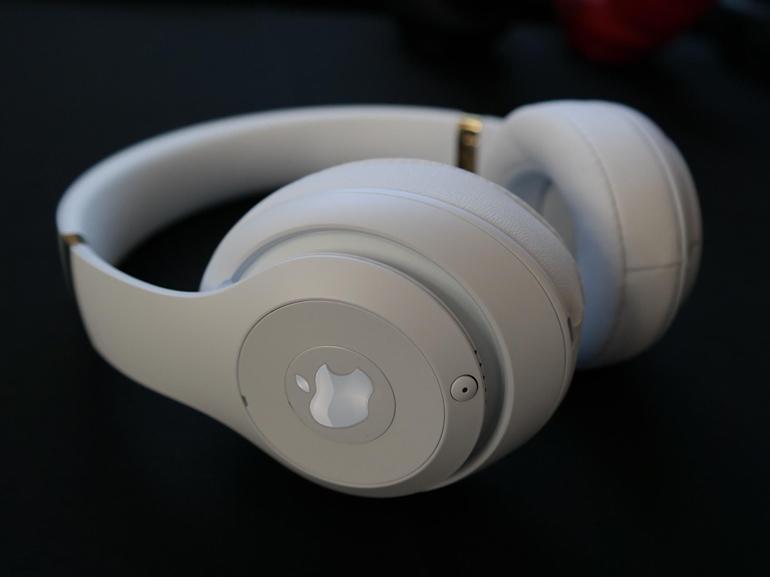 Un casque audio estampillé Apple serait en chemin, selon Ming-Chi Kuo