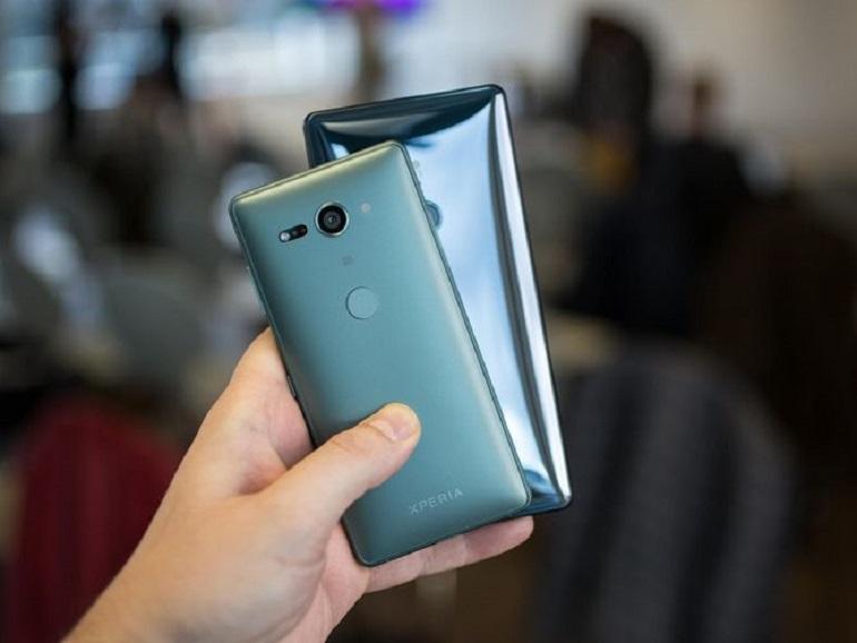 Bon plan : pour l'achat d'un Sony Xperia XZ2 ou XZ2 Compact, recevez une PS4 500Go Slim ou un casque PSVR