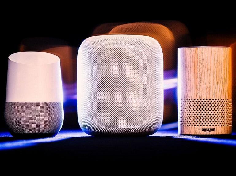 Amazon Echo, Google Home : 4 raisons d'offrir une enceinte connectée aux
