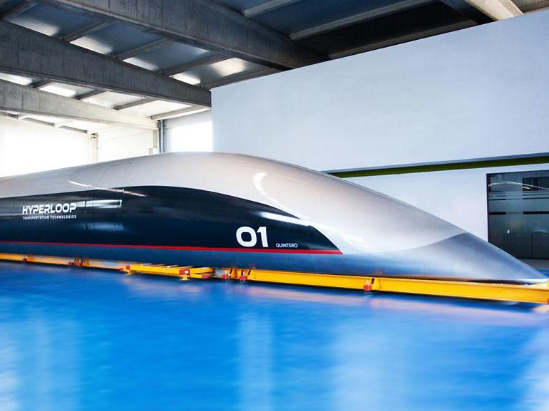 Hyperloop TT montre la première capsule de son train du futur