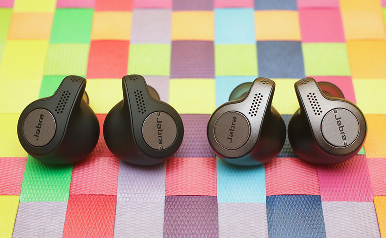 https://d1fmx1rbmqrxrr.cloudfront.net/cnet/i/edit/2018/10/jabra-elite-active-65t-vs%2065t.jpg