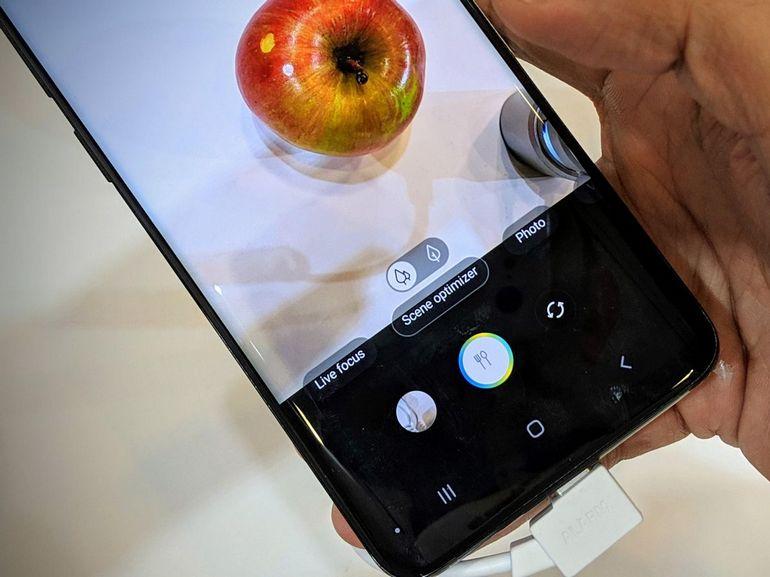 Samsung Galaxy S10 : une version XXL 6,7 pouces avec 6 capteurs photo et 5G ?