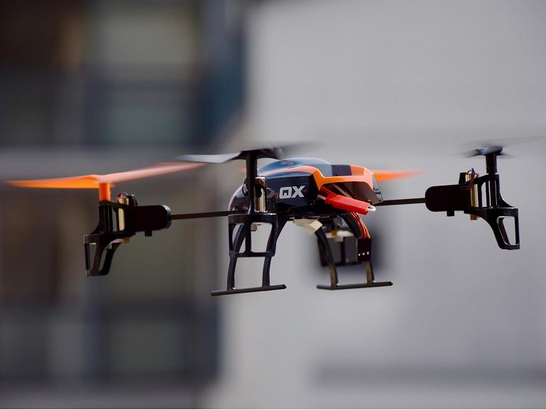 Un drone pas cher ? Notre sélection des meilleurs mini drones à moins de 100 euros