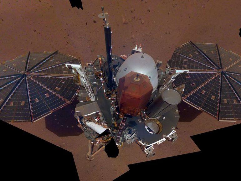 InSight a pris son premier selfie sur Mars