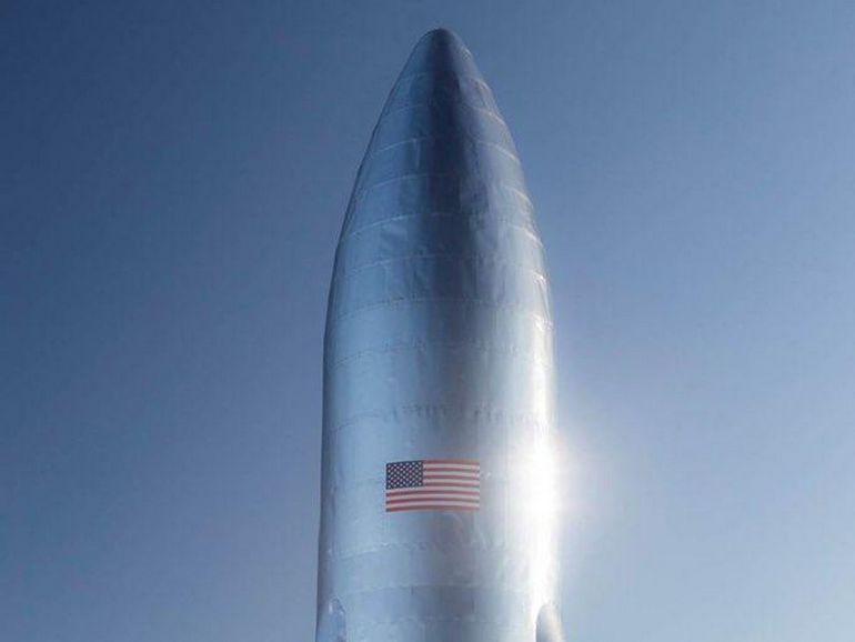 Elon Musk dévoile un prototype du Starship, le vaisseau qui emmènera des passagers autour de la Lune