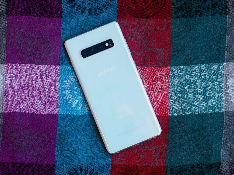 Galaxy S10 Plus vs. iPhone Xs Max, Pixel 3 XL : le match des spécifications