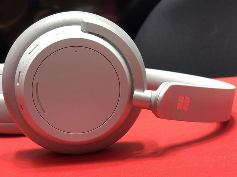 Test du Microsoft Surface Headphones, un casque à réduction de bruit confortable