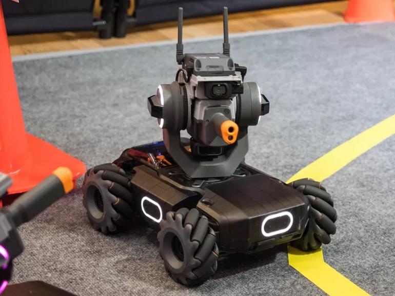 DJI RoboMaster S1 : un rover pédagogique pour se former à la programmation