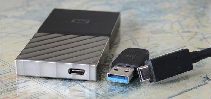Port USB-C et adaptateur