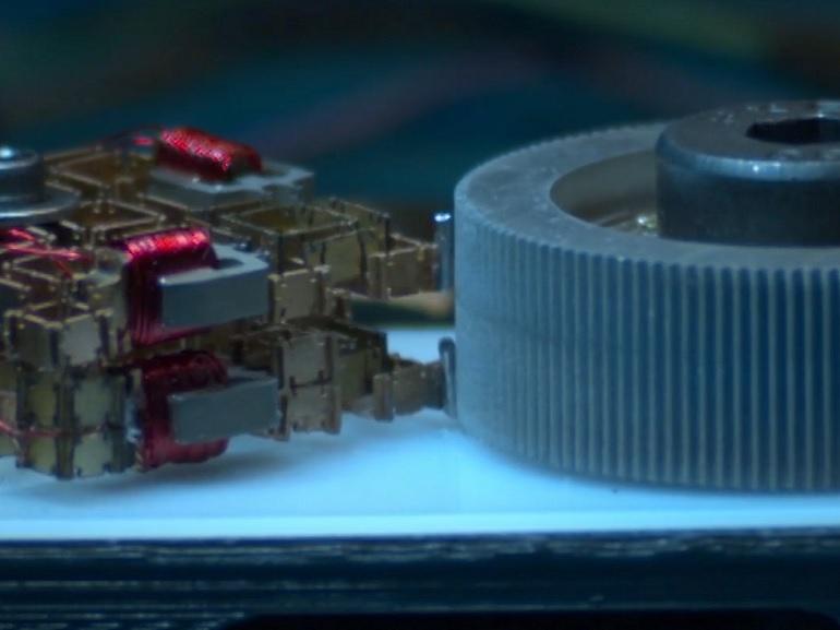 Le MIT développe un robot universel capable de fabriquer n'importe quel appareil électronique
