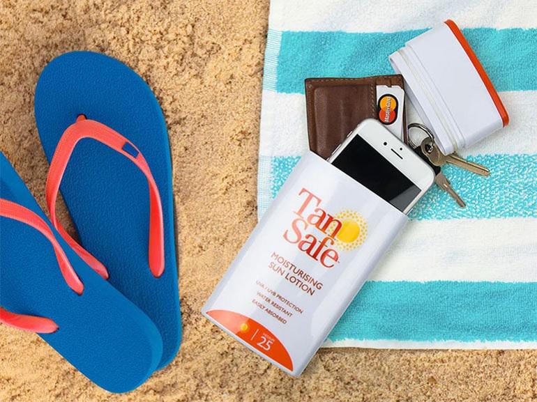 Cinq solutions pour protéger son smartphone sur la plage