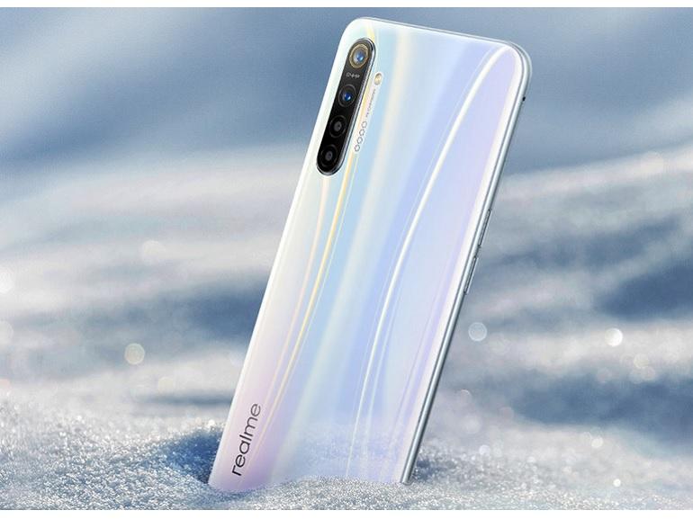 Realme XT : le premier smartphone équipé d'un capteur photo de 64 Mpx a été officialisé