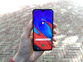 Test - Samsung Galaxy A40 : petit mais costaud