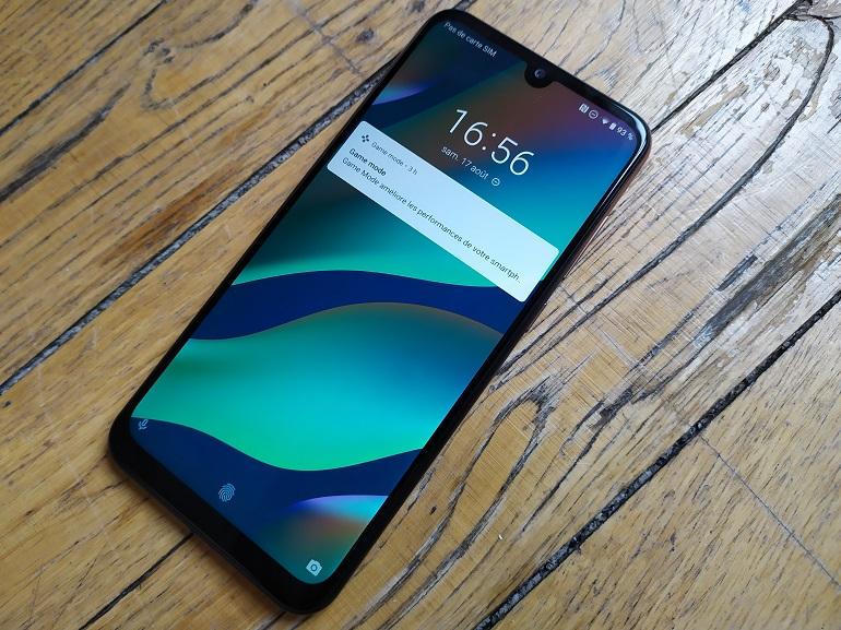 Test - Wiko View 3 Pro : un smartphone pas très en vue