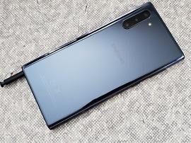 Test - Samsung Galaxy Note 10 : des concessions qui l'empêchent d'être parfait