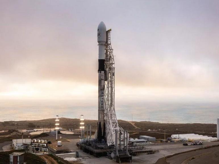 Avec le prochain lancement de Starlink, SpaceX va pousser encore un peu plus loin le recyclage spatial