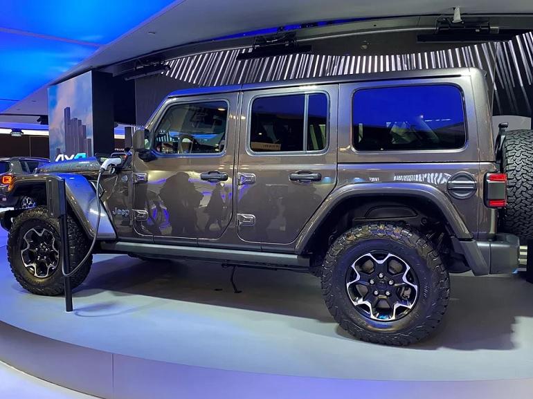 CES 2020 : le mythique Jeep Wrangler se mue en version hybride