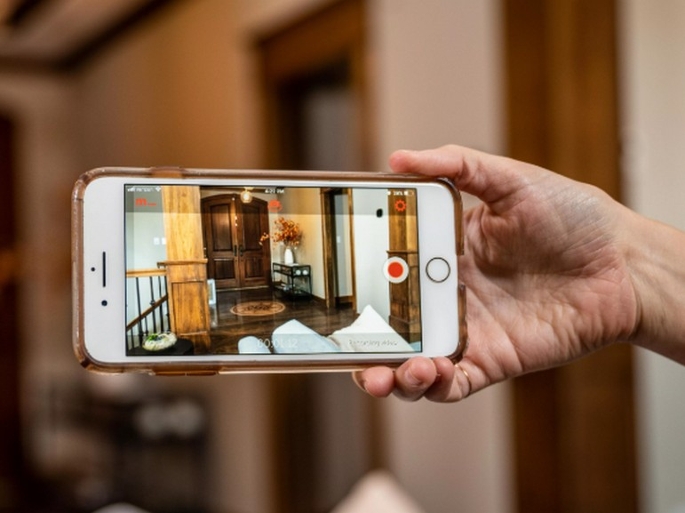 Comment transformer son vieux smartphone en caméra de surveillance ou Baby Monitor
