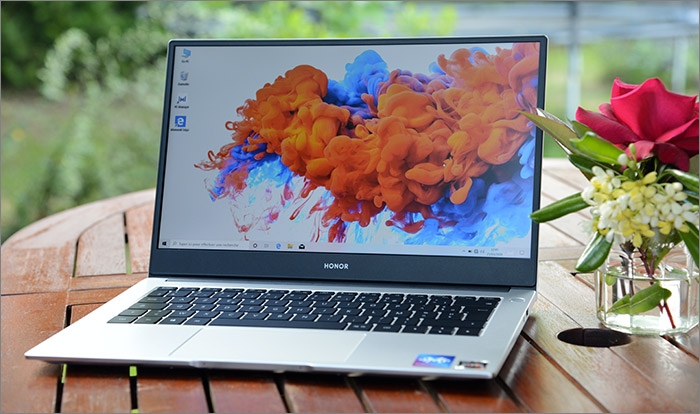 Le Honor Magicbook en fonction