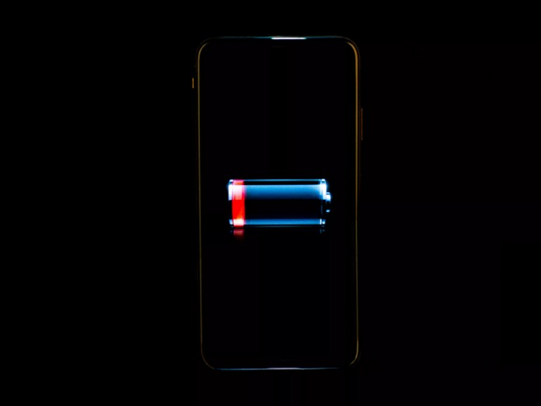 Tout savoir sur la batterie de votre smartphone : surcharge, surchauffe et recharge rapide
