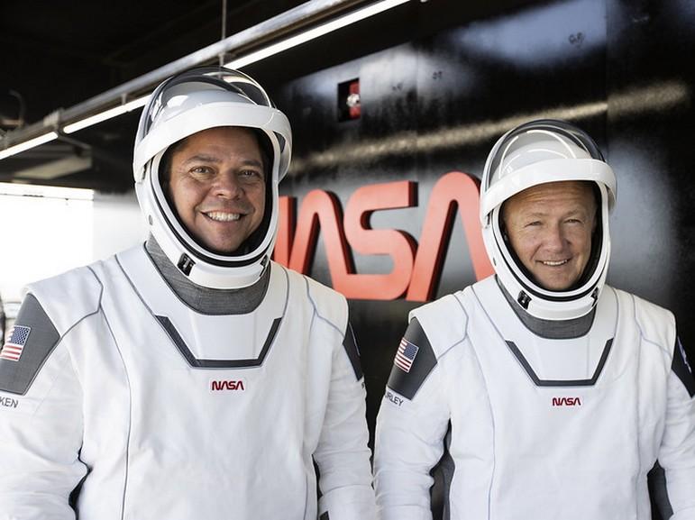 Comment suivre le premier vol habité de SpaceX samedi et pourquoi il est important (pour la Nasa)
