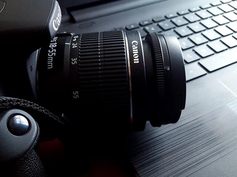 Visioconférence : comment transformer son appareil photo en webcam haut de gamme