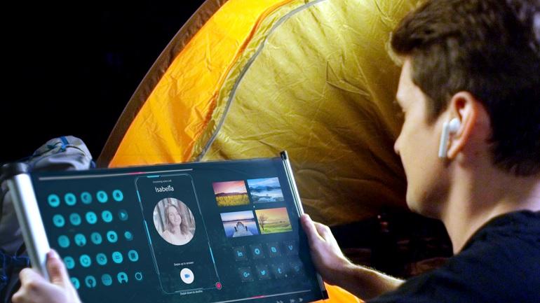 un exemple d'écran OLED flexible conçu par CSOT, la filiale de TCL