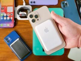 Batterie externe Apple MagSafe : prise en main du nouvel accessoire pour l'iPhone 12