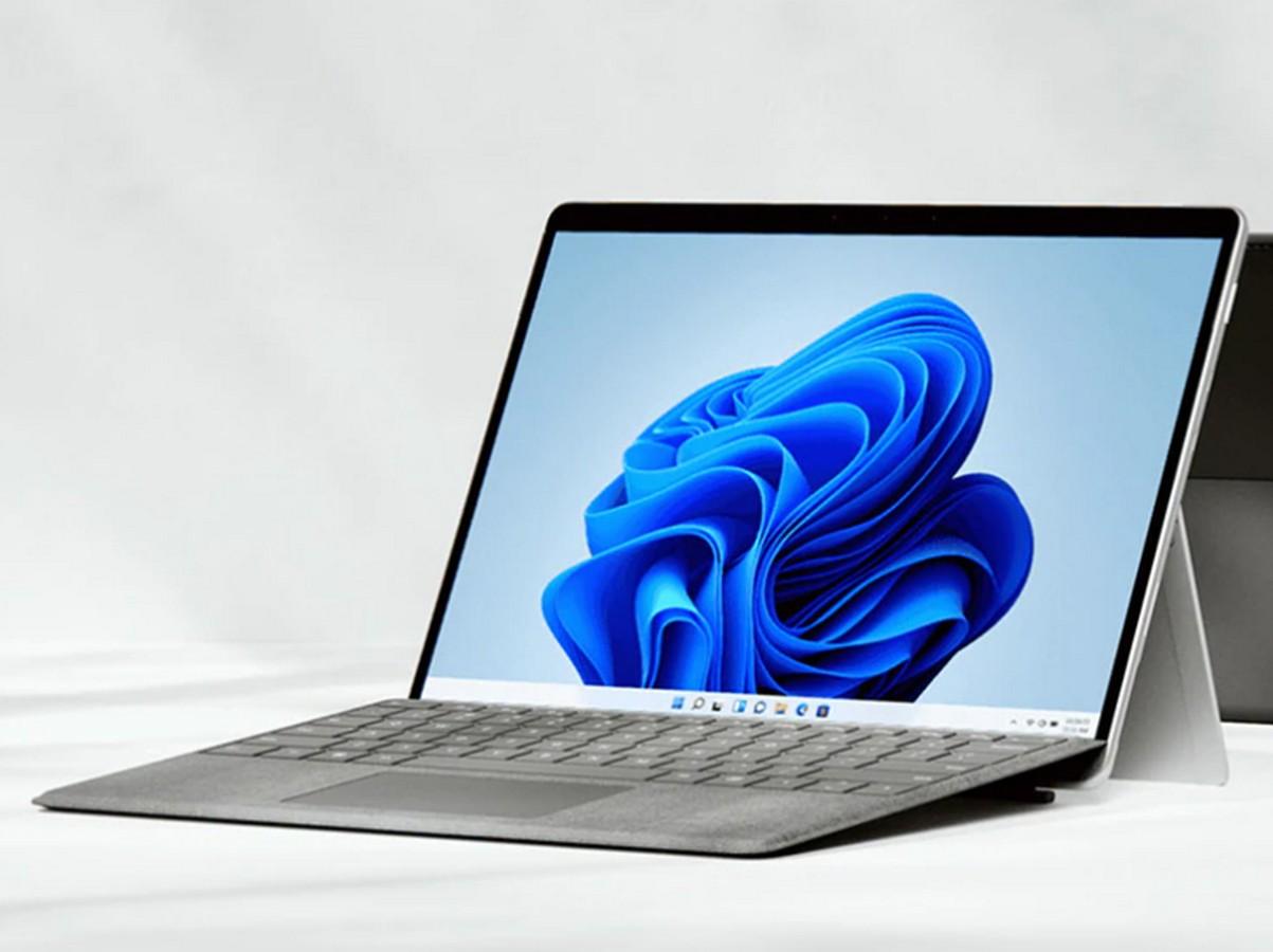 Surface Pro 8 vs. Surface Pro 7 : faut-il opter pour le nouveau modèle avec son nouvel écran