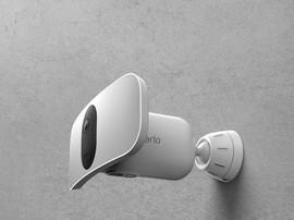 Test Arlo Pro 3 Floodlight : une excellente caméra de surveillance avec un éclairage surpuissant